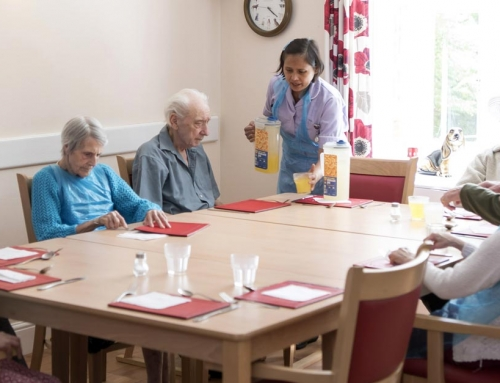 Meal times at Broadland View are sociable times